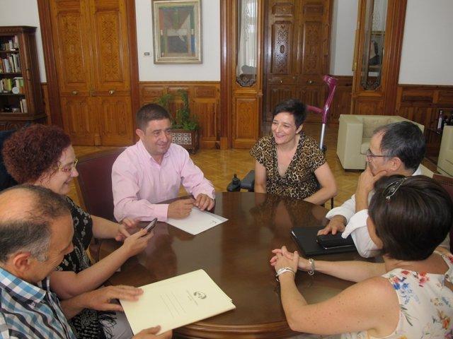 Reunión de Reyes con miembros de la directiva de la APJ