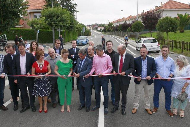Inauguración carretera El Ramo-Boo
