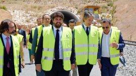 Ministro de Fomento avanza la finalización de las obras de la Variante de Camarillas para junio de 2018