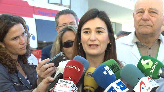 Carmen Montón atiende a los medios en imagen de archivo