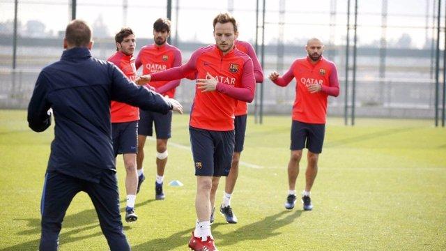 Ivan Rakitic Barcelona entrenamiento