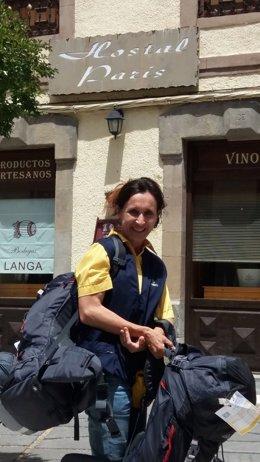 Correos ofrece servicio de transporte de mochilas en el Camino Francés de Aragón
