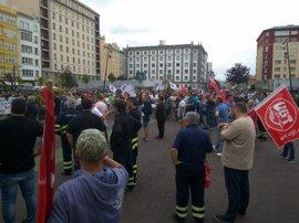 """Los sindicatos del metal de A Coruña recuerdan a los profesionales que """"no hay otra batalla que valga más la pena"""""""