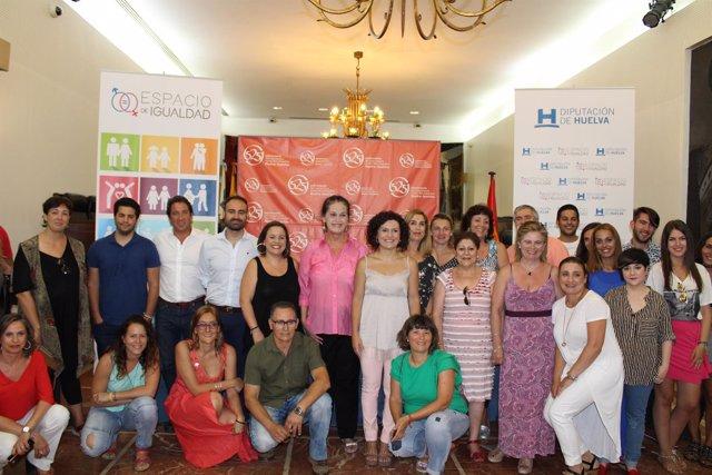 Carla Antonelli en el 'Espacio de igualdad' de la Diputación de Huelva