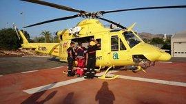 Un helicóptero de bomberos rescata a un escalador tras dos horas colgado en el Morro de Toix de Calp (Alicante)