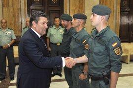 El director general de la Guardia Civil despide al segundo contingente de 25 miembros que se desplegará en Irak