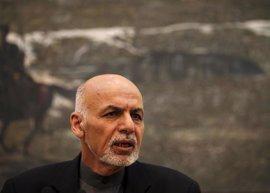 Ghani destaca que Afganistán debe lograr antes la paz con Pakistán que con los talibán