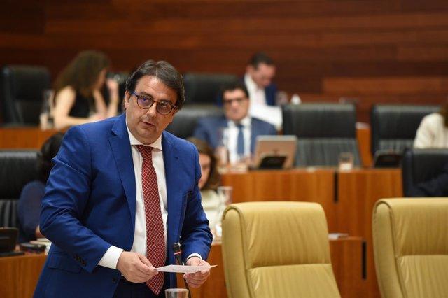 José María Vergeles en el Pleno de la Asamblea