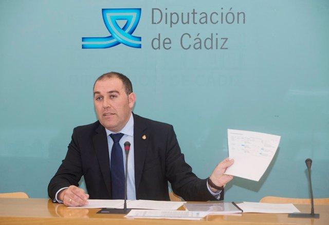 Jesús Solís, diputado provincial en Cádiz