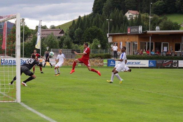 La selección AFE ante el Darmstadt