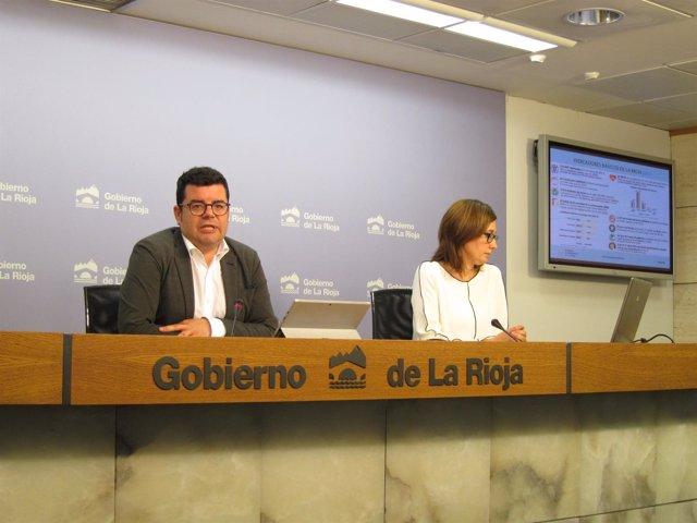 Domínguez y Ríos en rueda de prensa
