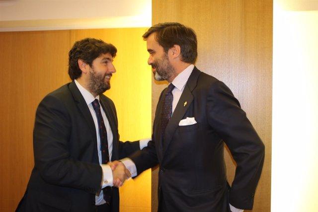 Foto/ El Presidente De La Comunidad Se Reúne Con El Emba Jador De La Representac