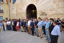Instituciones valencianas guardan tres minutos de silencio por Miguel Ángel Blanco y todas las víctimas del terrorismo