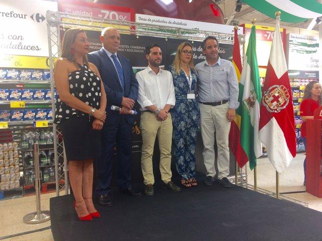 La Feria de Productos Andaluces está en la entrada principal de Carrefour.