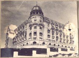 El Hotel Real celebra su centenario con una exposición