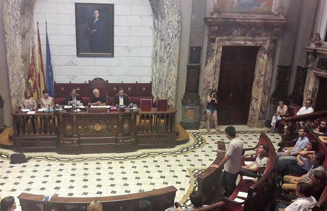 Peris se despide en el Pleno del Ayuntamiento