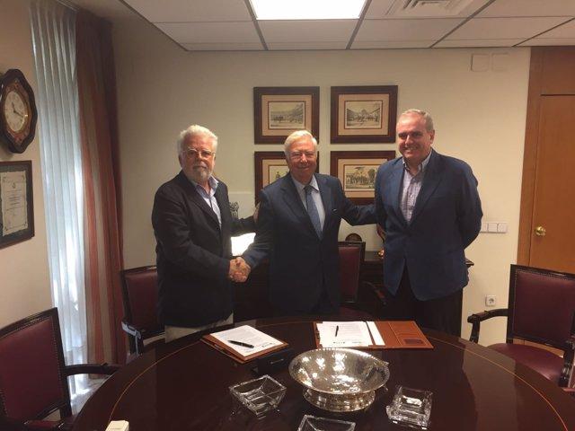 Firma convenio Asaja-Sevilla y Fundación Caja Rural del Sur.