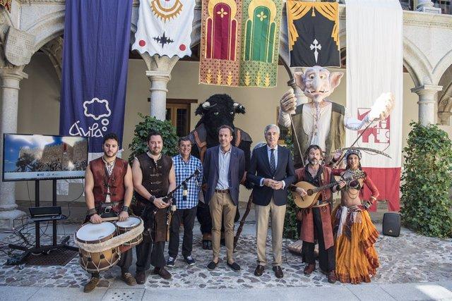Ávila: El Alcalde En La Presentación De Las Jornadas