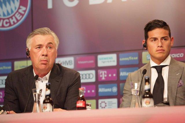 Ancelotti junto a James Rodríguez