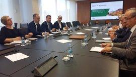 Soro asiste a la constitución de la comisión de seguimiento del Corredor Cantábrico Mediterráneo
