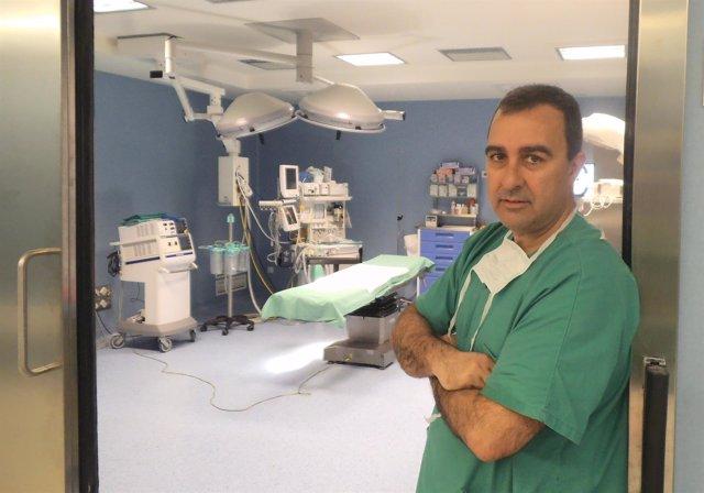 El doctor del Hospital Quironsalud Miguel Ángel Toledo