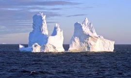 """Greenpace ve una señal de """"impacto global del cambio climático"""" en el desprendimiento del iceberg"""