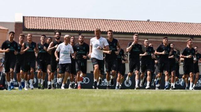 El Real Madrid se entrena en Los Ángeles