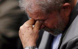 """La defensa de Lula anuncia que recurrirá la condena """"especulativa"""" y """"políticamente motivada"""" contra Lula"""