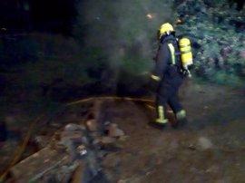 Desalojadas ocho personas tras declararse un fuego en un edificio de Marín (Pontevedra)