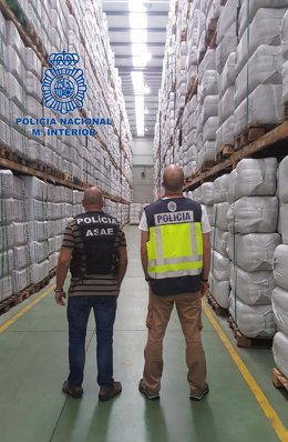Intervenidas en Pontevedra y Portugal más de 600.000 piezas de cubertería falsas