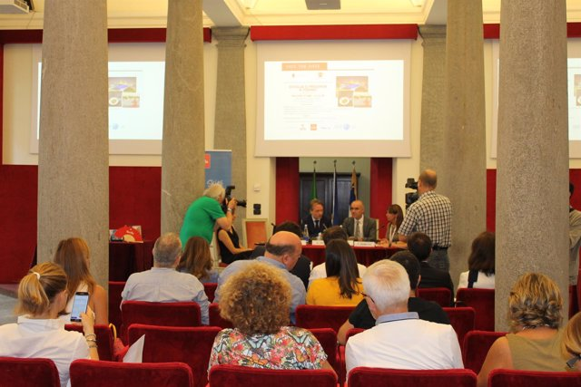 Sevilla presenta su oferta turística den Turín