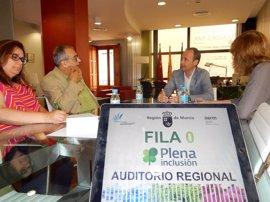 Cultura pone en marcha el proyecto 'Fila Cero' en el Auditorio para apoyar a Plena Inclusión Región de Murcia