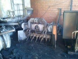 Un incendio causa graves daños en una nave de Villarrubia de los Ojos