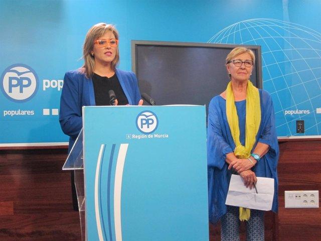 Fina Marín en rueda de prensa junta a Pelegrín