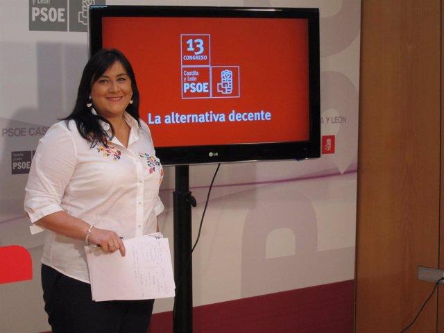 La secretaria de Organización del PSCyL, Ana Sánchez, presenta el XIII Congreso