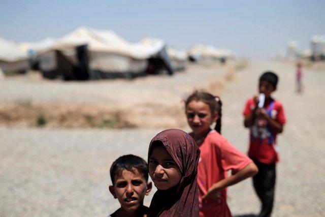 Niños desplazados de Mosul