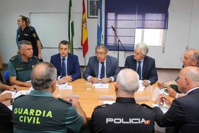 Zoido se reúne con Policía Nacional y Guardia Civil en La Línea de la Concepción