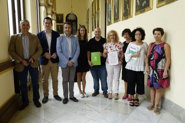 Ayuntamiento e Intermon Oxfam Zona Libre paraísos