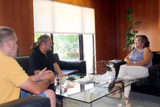 Responsables de UAGA se reúnen con la vicepresidenta de la DPH, Elisa Sancho