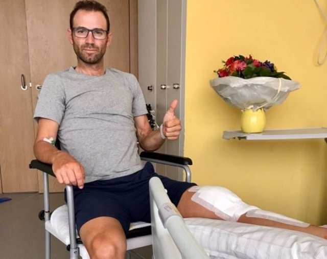 Alejandro Valverde tras ser operado