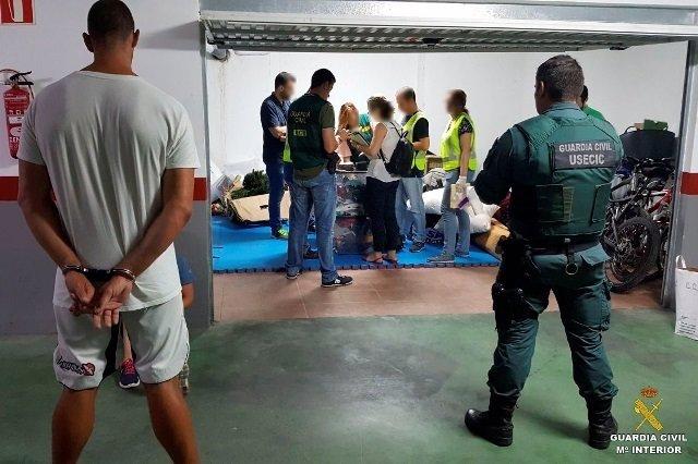 Agentes de la UCO en su intervención en Jávea