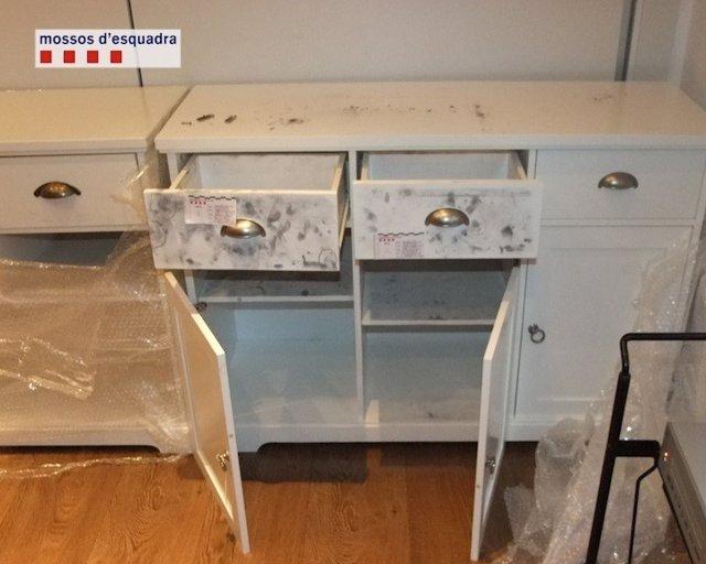 Muebles con ketamina oculta