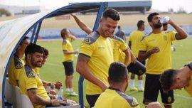 Vitolo se entrena por primera vez con Las Palmas