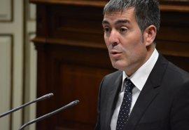 """Clavijo apela al """"sentido común"""" en las negociaciones entre CC y PP para cerrar un pacto en Canarias"""