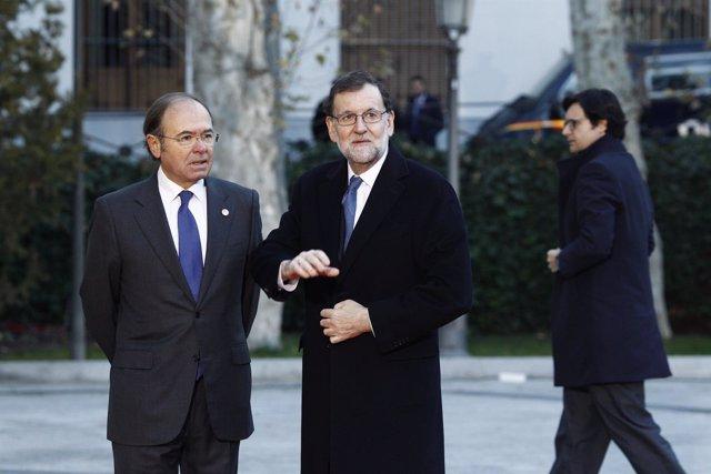 Pío García Escudero recibe a Mariano Rajoy en la Conferencia de Presidentes