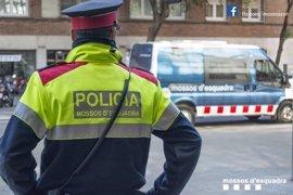 Sindicatos de Mossos pedirán a Forn mantener a la policía fuera del debate político