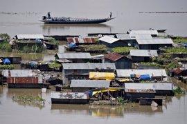 Al menos 83 personas y tres animales en peligro de extinción han muerto en India por las inundaciones