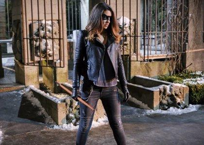 Arrow: Primera imagen del nuevo traje de Black Canary (Canario Negro) en la 6ª temporada