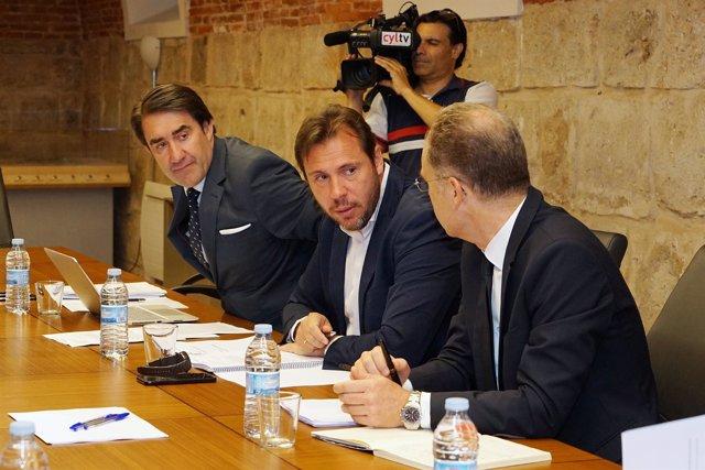 Quiñones, Puente y Bravo en la reunión