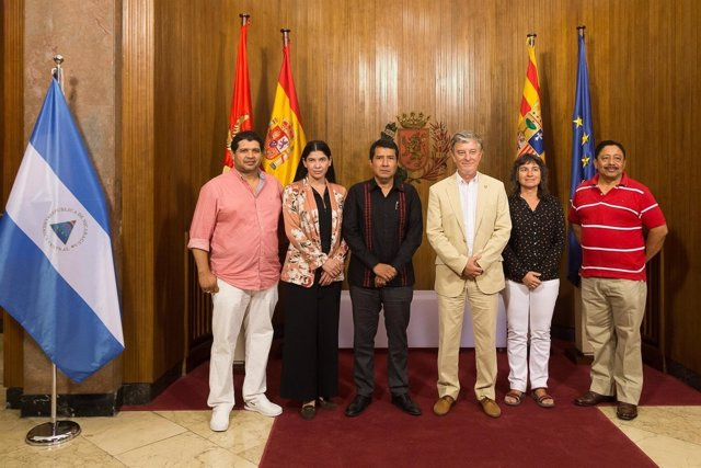 AYTO ZGZ Y EMBAJADOR DE NICARAGUA
